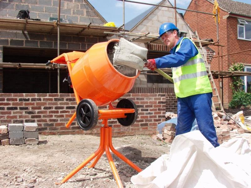 Jak namíchat beton do základů